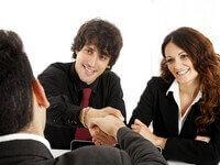 סגירת הלוואה עם זוג צעיר